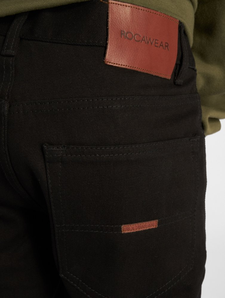 Rocawear / Straight Fit Jeans Moletro Leather Patch in black