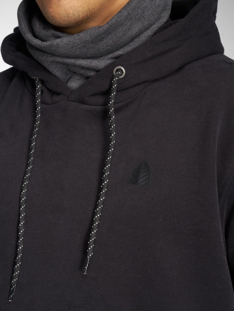 Just Rhyse / Hoodie Carabuco in black